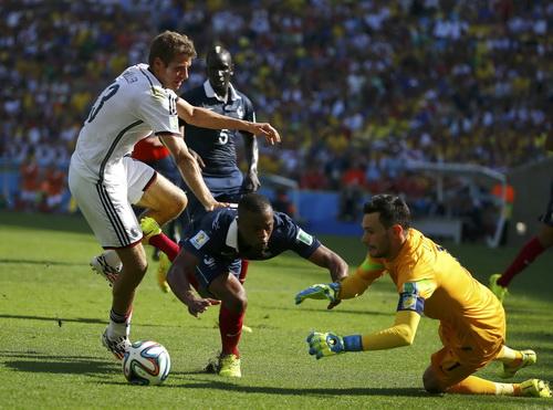 Hugo Lloris khẳng định năng lực trong khung thành Tottenham cũng như vai trò thủ quân tuyển Pháp