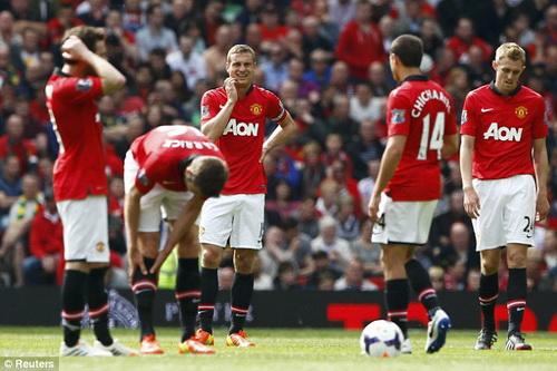 Man United thua tan nát ở mùa giải tệ hại nhất trong lịch sử