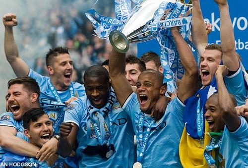 Man City giành cú đúp ở nước Anh nhưng vẫn rớt hạng theo IFFHS