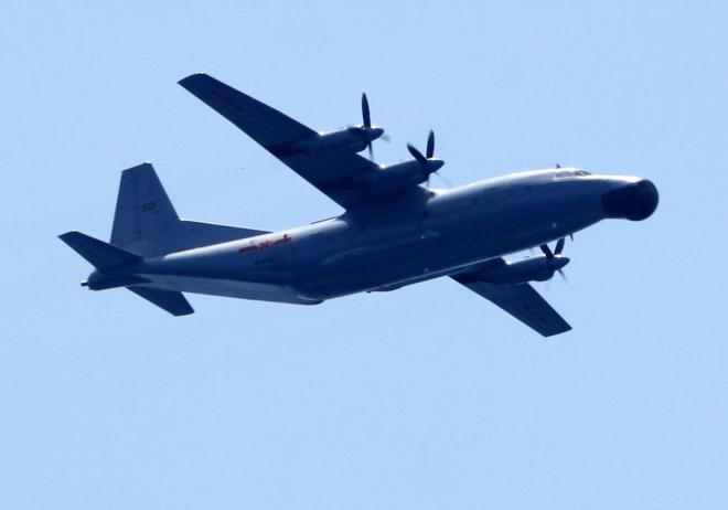 Một máy bay trinh sát điện tử của Trung Quốc hoạt động trên khu vực giàn khoan Hải Dương 981 hạ đặt trái phép trong vùng biển của Việt Nam
