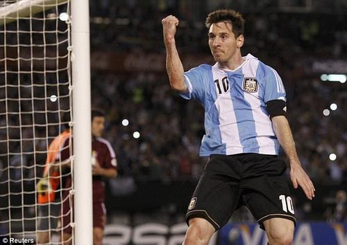Lionel Messi chờ cơ hội tỏa sáng ở Copa America 2015