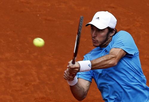 Juan Monaco tiếp tục thất thế trước tay vợt số 1 thế giới