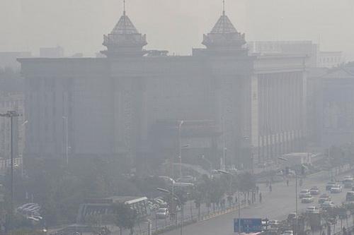 Bắc Kinh chìm trong bầu không khí ô nhiễm nhiều tháng qua
