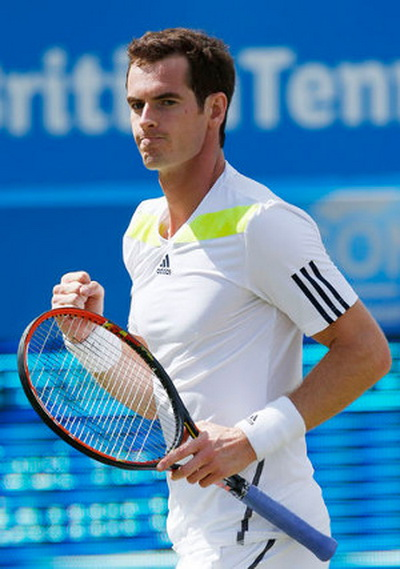 Andy Murray giành thắng lợi vòng 4