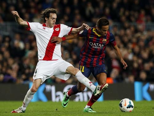 Neymar trở lại và lập tức ghi bàn