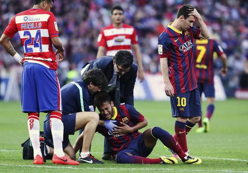 Neymar dính chấn thương