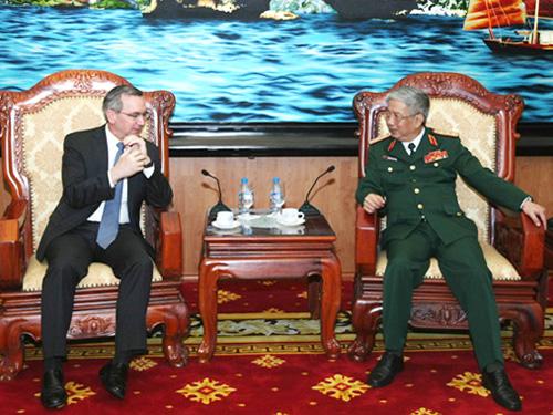 Thượng tướng Nguyễn Chí Vịnh tiếp Trợ lý Ngoại trưởng Mỹ Scot Marciel: Hợp tác quốc phòng Việt-Mỹ có bước phát triển mới trong nhiều lĩnh vực