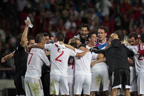 Niềm vui chiến thắng của Albania