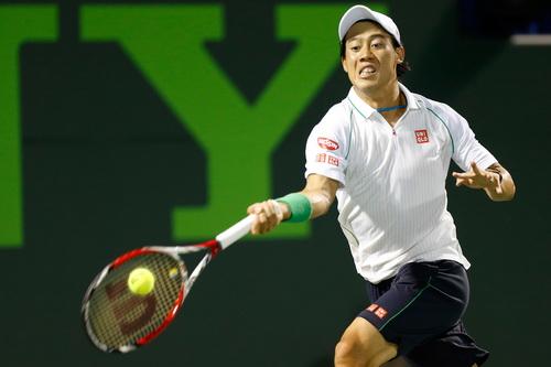 Tay vợt 24 tuổi người Nhật Bản lội ngược dòng thành công