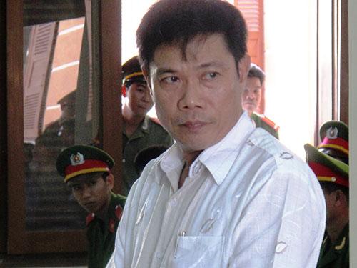 Ông Lê Đức Hoàn, nguyên Phó trưởng công an TP Tuy Hòa, tại phiên tòa phúc thẩm xử 5 bị cáo nguyên là cán bộ công an trong vụ án dùng nhục hình dẫn tới chết người - Ảnh: Hồng Ánh