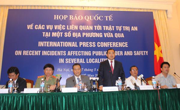 Bộ Ngoại giao họp báo quốc tế về các vụ việc liên quan tới trật tự trị an tại một số địa phương vừa qua