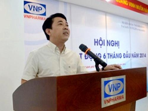 Ông Nguyễn Minh Hùng phát biểu tại một hội nghị của Công ty VN Parma trước khi bị bắt giữ - Ảnh: Website VN Pharma