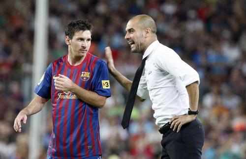 Những mối quan hệ phức tạp với Barcelona và Messi khiến Pep quyết định ra đi