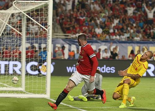 Rooney lập công, mở màn cuộc lội ngược dòng của Man United