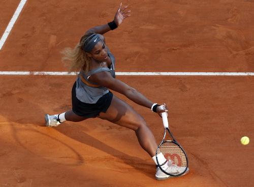 Serena quá mạnh so với Errani trong trận chung kết