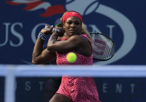 Không đối thủ nào cản bước được tay vợt chủ nhà Serena quá mạnh