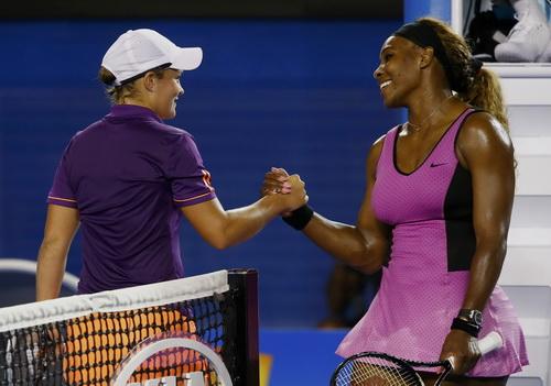 Serena Williams dễ dàng vượt qua đối thủ trẻ Barty