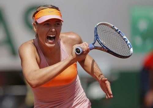 Sharapova có trận đấu hay nhất từ đầu giải