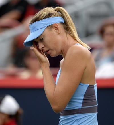 Maria Sharapova lại cúi đầu rời giải sớm như ở Wimbledon
