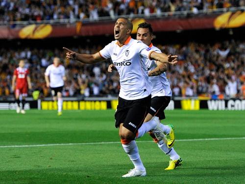 Sofian Fegouli tỏa sáng trong đội hình Valencia