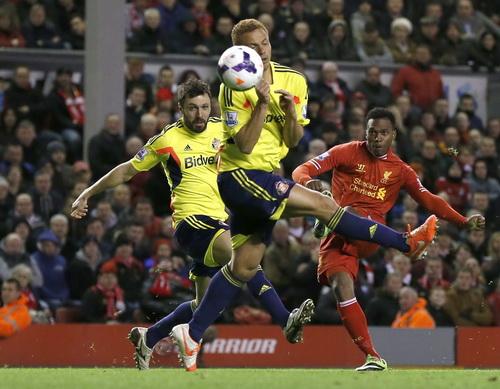 Sturridge ghi bàn thứ nhì cho Liverpool
