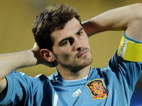 ... lẫn đội tuyển Tây Ban Nha