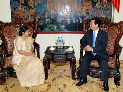 Thủ tướng Nguyễn Tấn Dũng tiếp Bộ trưởng Ngoại giao Ấn Độ Sushma Swaraj Ảnh: Nhật Bắc