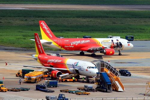 Thời tiết xấu, nhiều chuyến bay của VietJet phải chuyển hướng