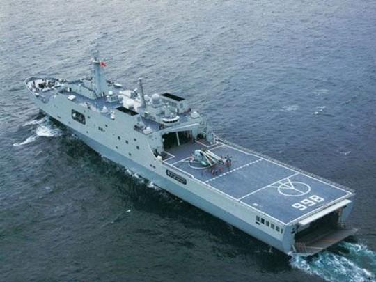 Chiếc tàu đổ bộ cùng loại với tàu đổ bộ Tỉnh Cương Sơn của Trung Quốc - Ảnh minh họa từ internet