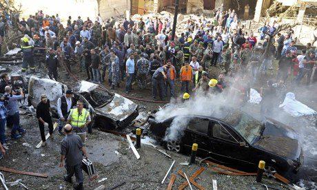 Đại sứ quán Iran tại Beirut bị đánh bom hồi tháng 11 năm ngoái. Ảnh: Reuters