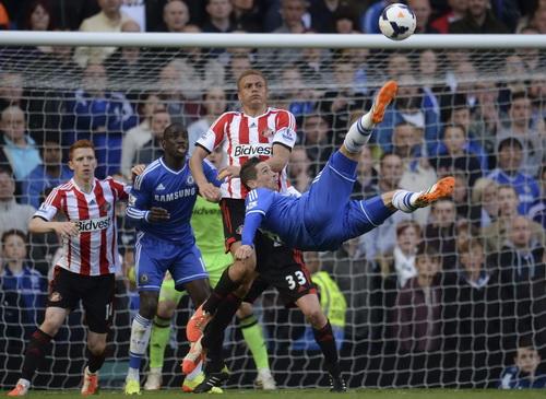 Chelsea chủ động tấn công phủ đầu Sunderland