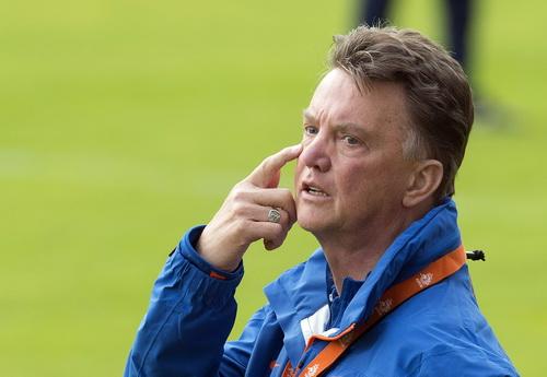 Van Gaal sẽ đem kinh nghiệm, kỷ luật sắt và niềm tin chiến thắng đến M.U
