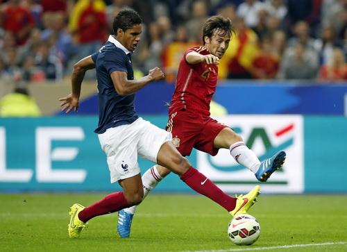 Thất bại World Cup, tuyển Tây Ban Nha mất ngay ba hảo thủ - Ảnh 1.