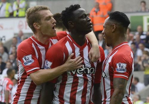 Wanyama ghi bàn duy nhất, đưa Southampton lên ngôi nhì bảng