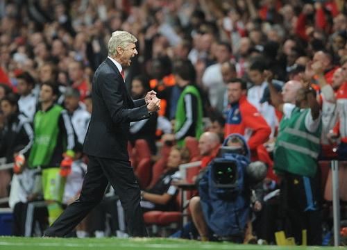 Niềm vui vô bờ bến của Arsenal