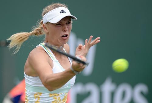 Wozniacki chờ so tài cùng Serena