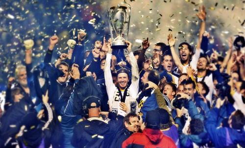 Beckham vô địch Ligue I với Paris Saint-Germain