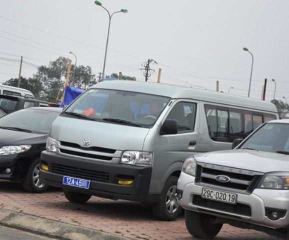 ... và xe công ở tận Lạng Sơn