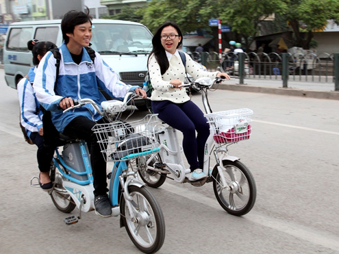 Xe đạp điện là phương tiện thô sơ nên không phải đăng ký như mô tô - Ảnh: Giao thông vận tải