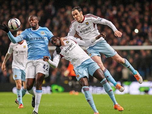 West Ham đối mặt với nhiều áp lực trước Man City