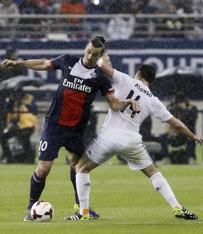 Ibrahimovic và đồng đội bỏ lỡ quá nhiều cơ hội trước khung thành Real Madrid