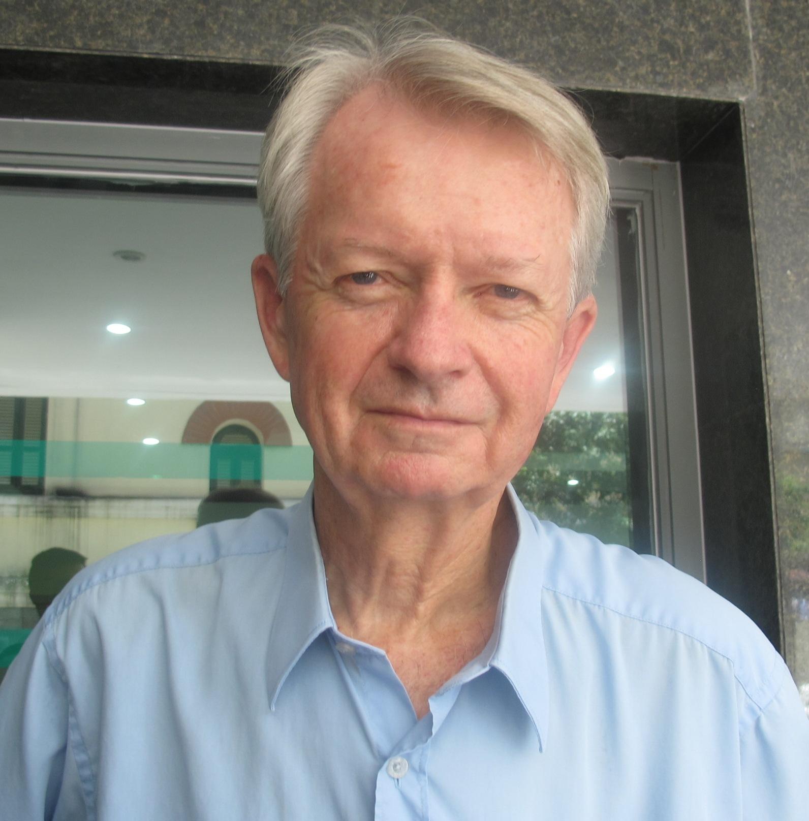 Ông Chuck Searcy, cựu chiến binh Mỹ, Cố vấn quốc tế của dự án Project Renew giúp rà phá bom mìn còn sót lại ở Việt Nam.