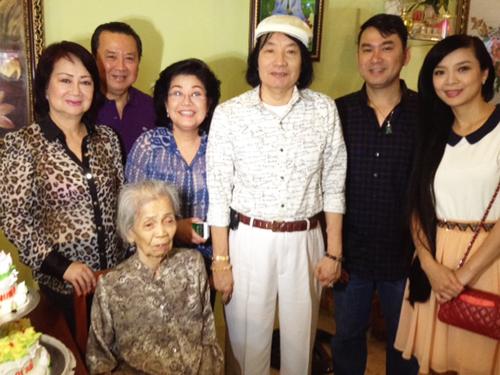 Đồng nghiệp tề tựu mừng thọ mẹ nghệ sĩ Phượng Liên