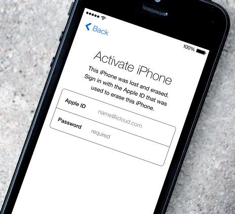"""Apple phủ nhận cáo buộc làm rò rỉ """"ảnh nóng"""" các sao"""