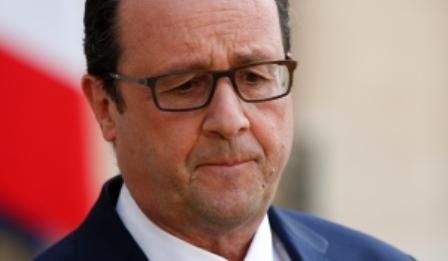 Tổng thống Pháp Francois Hollande đau xót trước cái chết của các hành khách AH5017