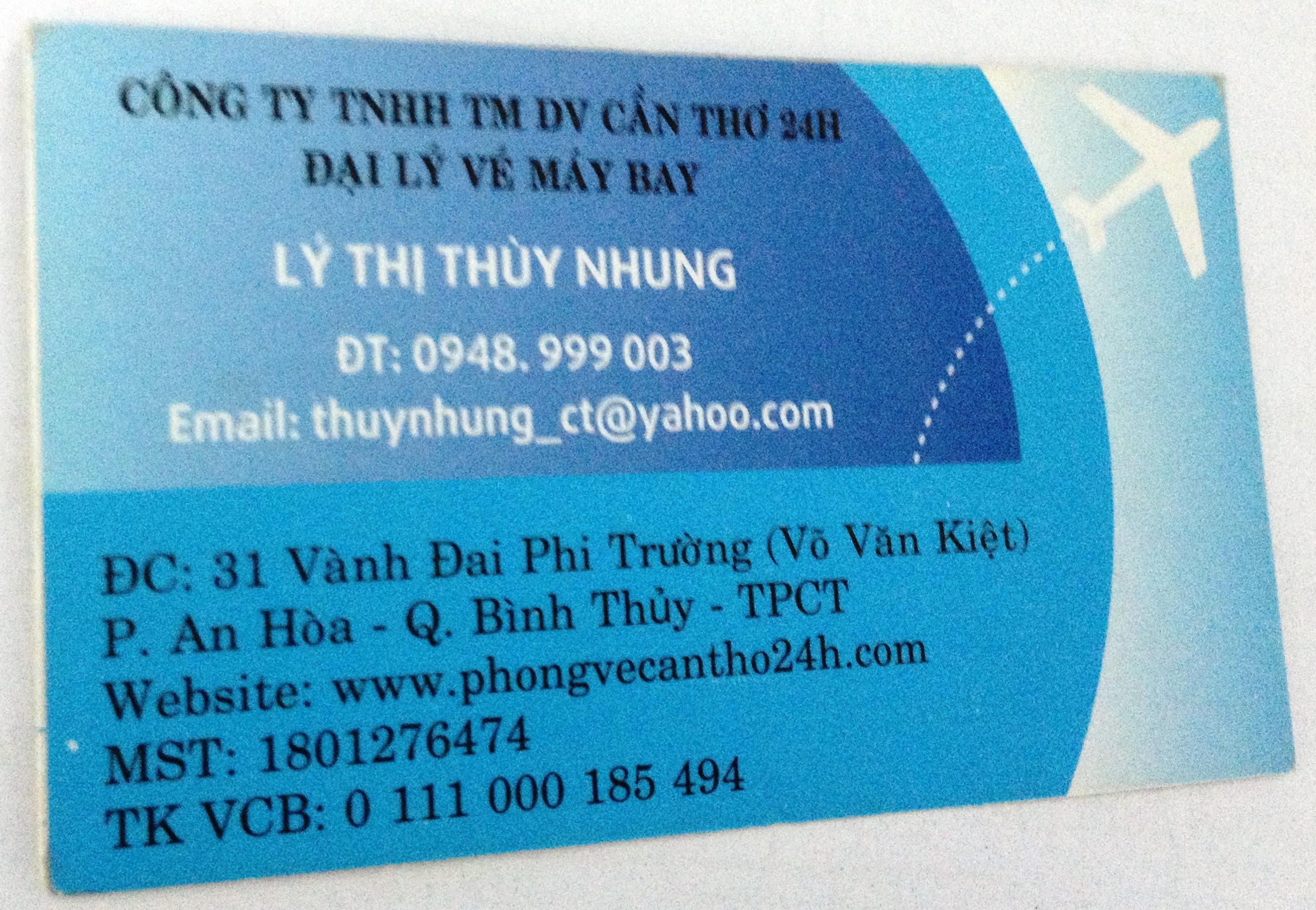 Name card của người bán vé máy bay giả cho khách hàng