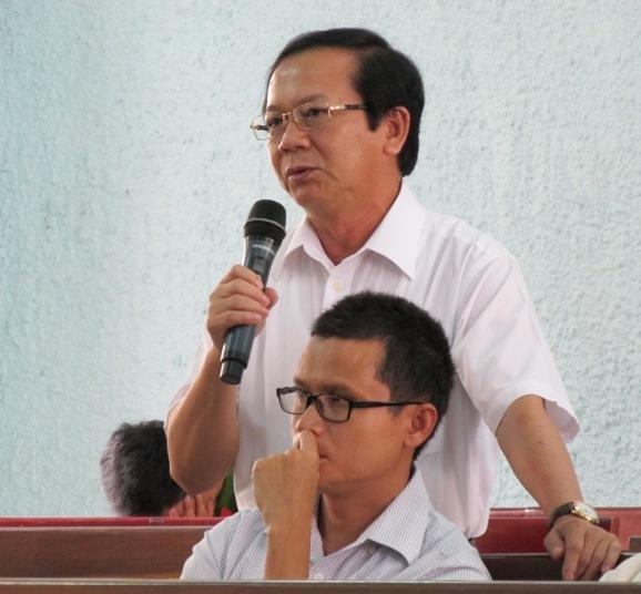 Ông Trần Thế Vinh, nguyên Giám đốc Sở Kế hoạch và Đầu tư tỉnh Gia Lai, bị tố nhận tiền lại quả là chiếc xe trị giá gần 1,7 tỉ đồng