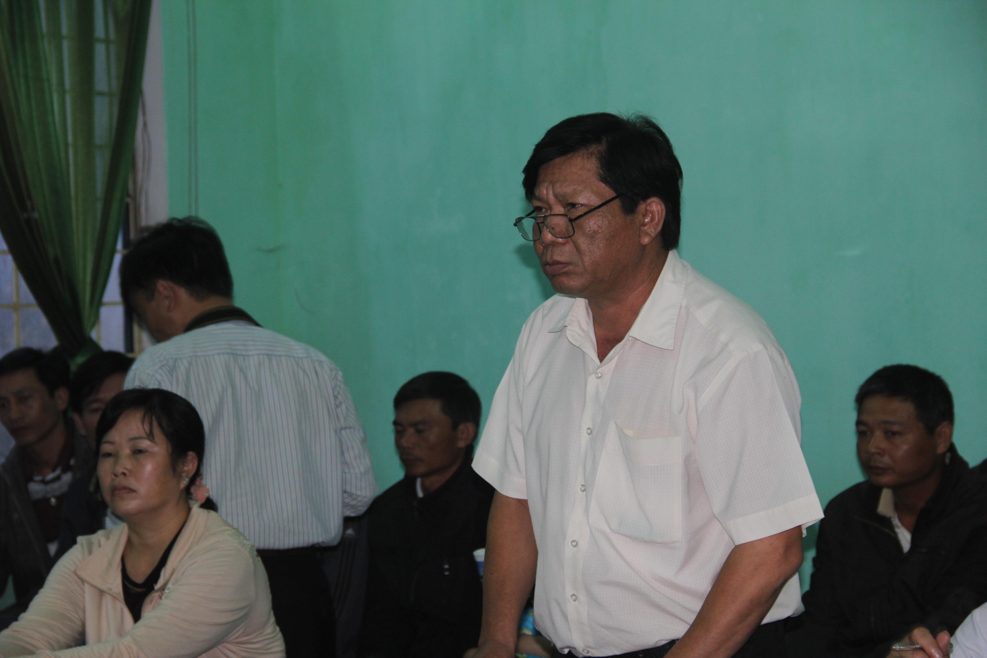 Đại diện UBND huyện Chư Sê (người đứng) tại phiên xử phúc thẩm.