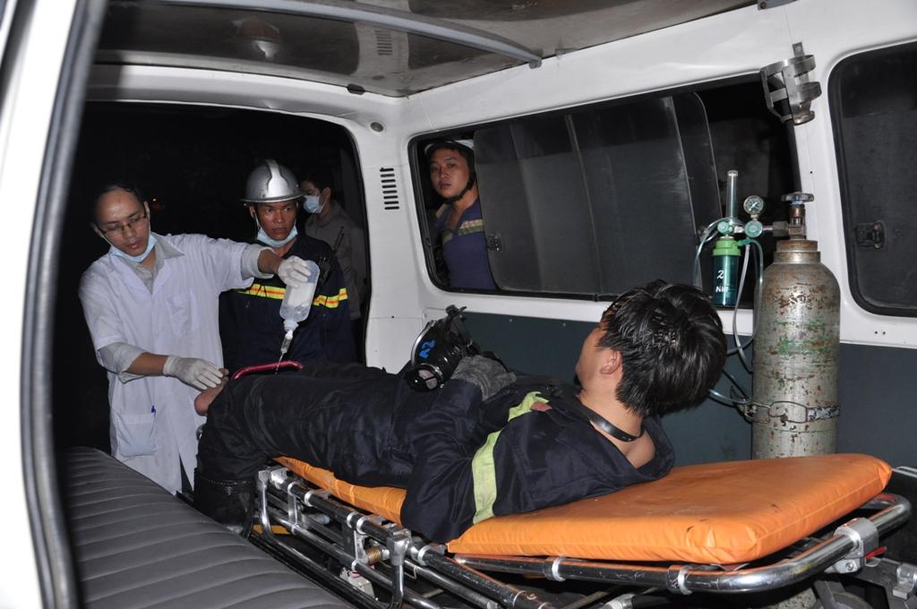 Nhiều lính cứu hỏa bị thương