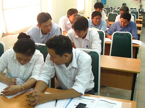 """Học viên tham gia khóa đào tạo """"Nâng cao kiến thức quản lý"""" do Trường An Đức tổ chức"""